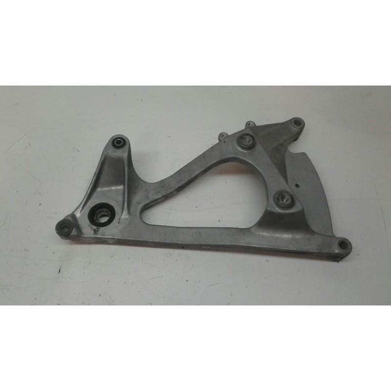 Basculante soporte motor Honda Dylan 125
