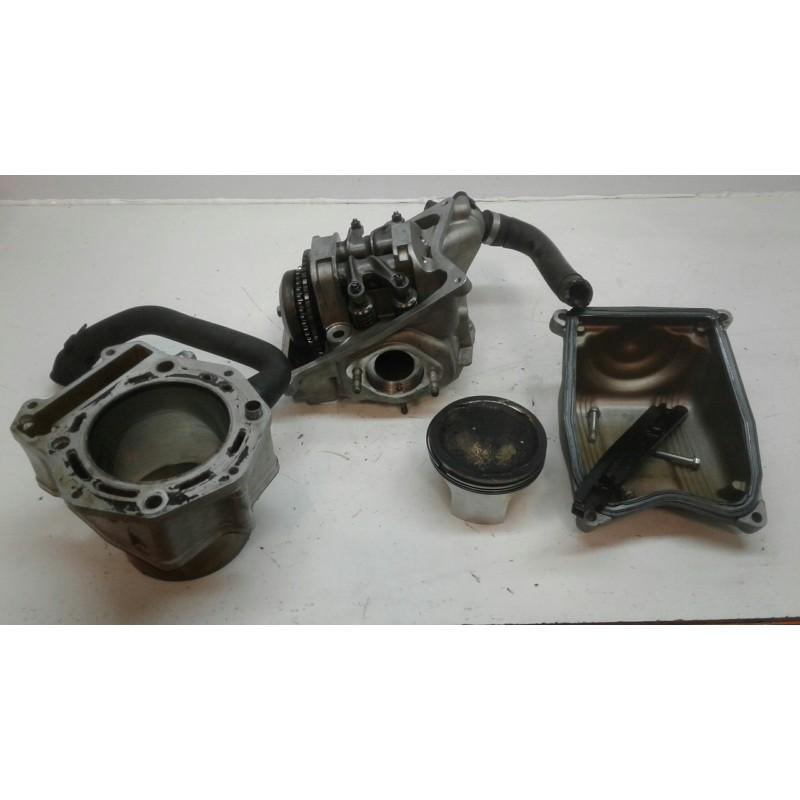 Culata completa con cilin y pisPiaggio X9 500