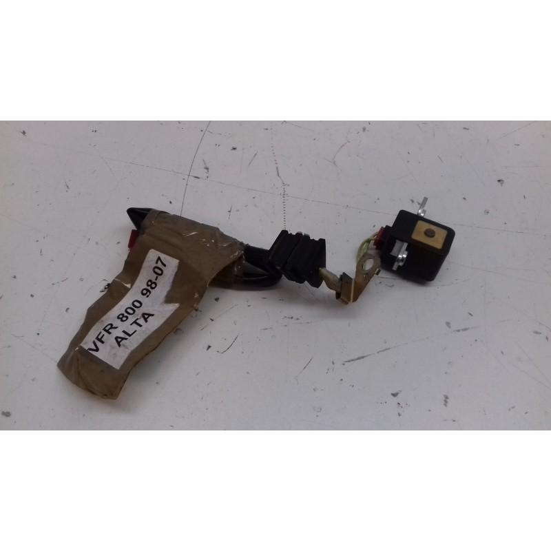 TAPA EMBRAGUE VFR 800 98-02